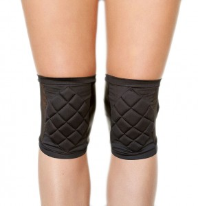 knee pads black front edited.jpg